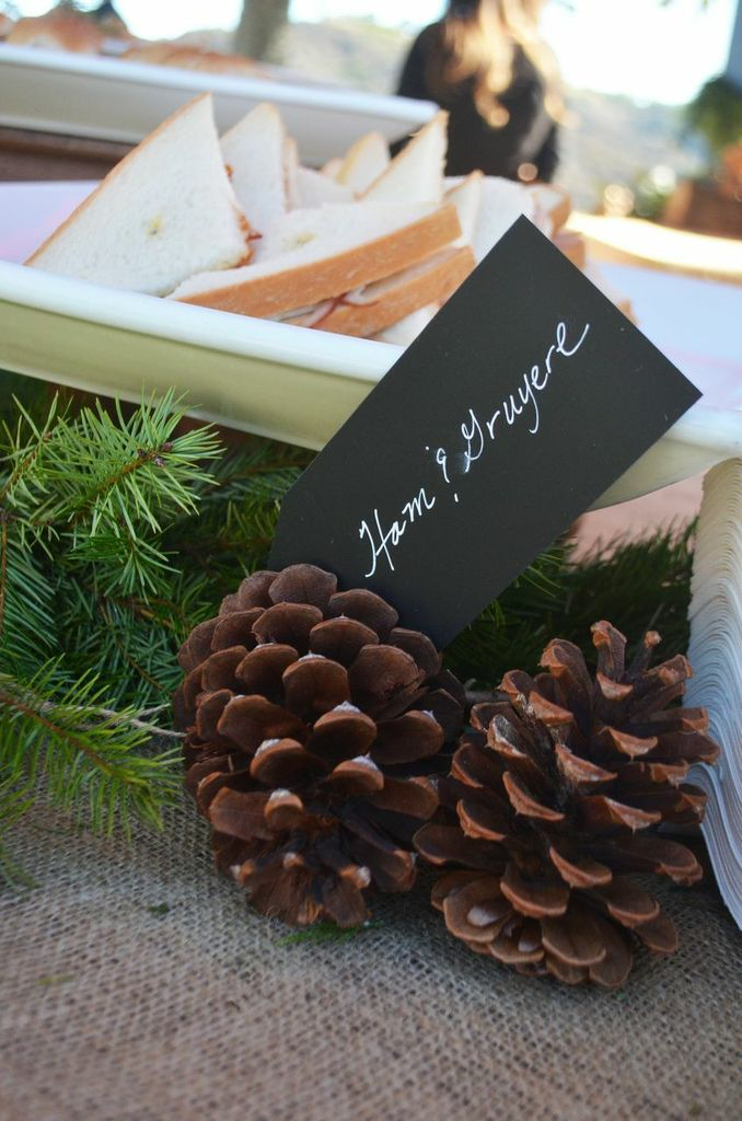 Pine cones paired with food labels make even the simplest sandwiches appear festive